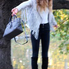 Fringe and a vintage Dooney. Do you really need anything else? #dooneyandbourke #uoonyou #urbanoutfitters #fashion #style #love #free  #pursesfornurses #purse #nurse #handbags