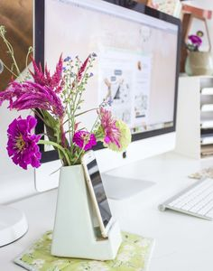 Bonnie from Going Home to Roost brightens up her work station with our Smartphone Vase!