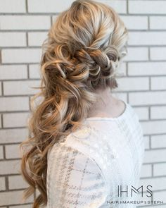 Trendy wedding hairstyles updo with braid side ponytails - Wedding Hair Styles Side Ponytail Wedding, Wedding Hair Side, Elegant Wedding Hair, Wedding Hairstyles For Long Hair, Wedding Hair And Makeup, Wedding Updo, Hair Makeup, Bridal Hair Side Swept, Trendy Wedding