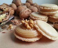 Macarons de nueces con caramelo de plátano