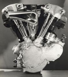 "knucklehead: 1936-1947 On the eve of WW2, Harley-Davidson® introduced an overhead- valve V-twin® with ""knuckly"" covers on the valves. Overhead valve EL-61cu 40hp Side valve-80cu"