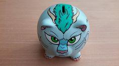 Haku Piggy Bank por FuzzBird en Etsy