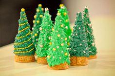 How to make Ice Cream Cone Christmas Trees!