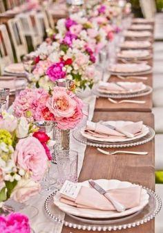 mesa longa decorada