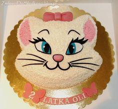 Aristocat Marie Cake :)