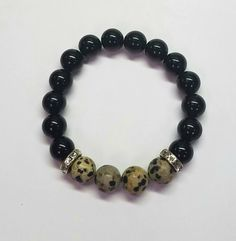 Dalmation Agate and Black Obsidian Bracelet Wire Jewelry, Beaded Jewelry, Beaded Bracelets, Dalmatian, Classic Looks, Natural Gemstones, Agate, Beading, Couture