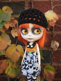 spooky goth doll. Another cute Blythe picture, got to stop looking at these, they're haunting my dreams!!