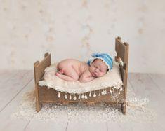 Neugeborenen-Fotografie-Prop-Bett mit Matratze von Acraftersnook