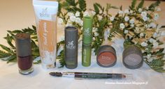 Boho organic cosetics, make up foundation, lipstick, eye liner, eye shadows, eye brow pen