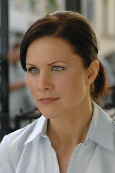 Josie Davis as Rachel Partson in The Perfect Assistant