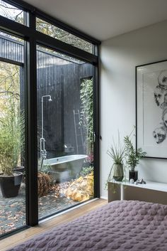 // Architecture Black wooden house By Rasmus Bak Photography by Jesper Ray Home, Simple Living, House Design, Outdoor Bathtub, Outdoor Spaces, Interior, Outdoor Baths, Scandinavian Interior, House Interior