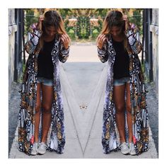 Calling all the Bali Queens and Boho Princesses! Only 2 left of this gorgeous @official_minkpink kimono! Shop link in profile!  You can wear the Midnight Oracle Maxi Robe with a simple pair of sneakers  or you can style it up  with your favourite heels and skinny jeans!  #shopmanoir #kimono #maxirobe #minkpink #manoircoquetterie #montreal #fashion #newitems