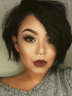 chic short hair styles are easy to do. Find out the best chic short hair styles you can try this winter that are going to be a hair trend of Haircut For Thick Hair, Cute Hairstyles For Short Hair, Short Hair Styles, Hairstyles 2016, Pixie Cut Hairstyles, Pixie Cut Styles, Amazing Hairstyles, Shaved Hairstyles, Vintage Hairstyles
