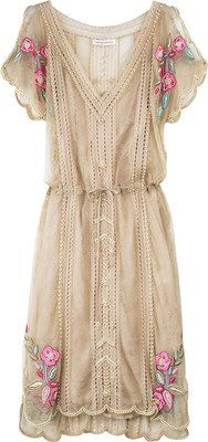 Matthew Williamson Lace pearl beaded dress and other apparel, accessories and trends. Browse and shop related looks. Pretty Outfits, Pretty Dresses, Beautiful Outfits, Gorgeous Dress, Fashion Moda, Look Fashion, Womens Fashion, Hippie Fashion, Dress Fashion