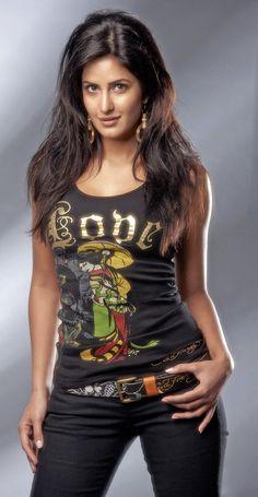 Katrina Bollywood Actress Hot Photos, Indian Bollywood Actress, Beautiful Bollywood Actress, Most Beautiful Indian Actress, Bollywood Celebrities, Indian Actresses, Katrina Kaif Bikini Photo, Katrina Kaif Hot Pics, Katrina Kaif Images