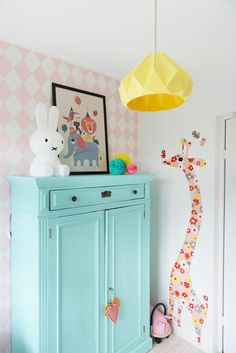 Baby room in blue duck! 45 Decoration Ideas Duck blue is a color is a bright color that has a lot of depth. Two years ago we started it as a trend, but we did not dare to paint a baby room in du. Baby Bedroom, Girls Bedroom, Bedroom Decor, Nursery Inspiration, Little Girl Rooms, Fashion Room, Kid Spaces, Home Interior, Interior Design
