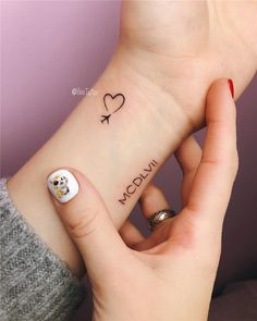 76 cute little tattoos ideas every girl wants to get in 2019 . - 76 cute little tattoos ideas every girl wants to receive in 2019 - Tattoo Girls, Tattoo For Baby Girl, Tiny Tattoos For Girls, Small Heart Tattoos, Small Meaningful Tattoos, Small Wrist Tattoos, Tattoos For Guys, Tattoo Baby, Hand Tattoo Small