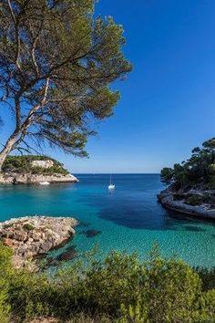 Menorca, Cala Mitjana, Spain