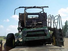 John Deere S680 combine salvaged for used parts. This unit is available at All States Ag Parts in Salem, SD. Call 877-530-4010 parts. Unit ID#: EQ-24505. The photo depicts the equipment in the condition it arrived at our salvage yard. Parts shown may or may not still be available. http://www.TractorPartsASAP.com