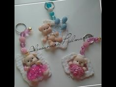 Urso na moldura em biscuit (parte 3) Especial 2000 inscritos #2 - YouTube Clay Keychain, Baby Shower, Polymer Clay Miniatures, Pasta Flexible, Cold Porcelain, Biscuits, Creations, Handmade Gifts, Ideas