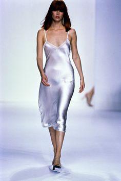 Calvin Klein Collection Spring 1995 Ready-to-Wear Fashion Show - Meghan Douglas