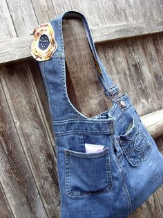Repurposed overall jeans to bag 2019 Repurposed overall jeans to bag The post Repurposed overall jeans to bag 2019 appeared first on Denim Diy. Denim Purse, Jeans Denim, Blue Jean Purses, Denim Handbags, Denim Ideas, Denim Crafts, Recycled Denim, Jean Bag, Leather Wallets