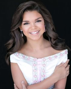 As any pageant contestant knows, the headshot is a crucial portion of any competition.  Not only is the headshot your first impression to the judges before meeting in person, it also conveys your style and personality. A picture truly is worth a thousand words!  Today we are listing our ranking of the top preteen headshots of 2016. Read on! Here:National American Miss Virginia Preteen, Clark Rector.