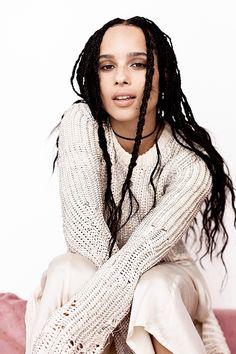 Zoë Kravitz Is Not Here to Be the Token Black Girl Zoe Kravitz Talks Diversity in Hollywood and Being Token Black Girl - Zoe Kravitz Teen Vogue March 2016 Zoey Kravitz, Zoe Kravitz Braids, Zoe Kravitz Style, Zoe Isabella Kravitz, Zoe Kravitz Tattoos, Poses, Jason Momoa Lisa Bonet, Style Hippie Chic, Hair Colorful