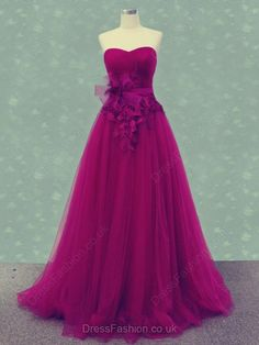 Tuttle Flowered Embroidered Prom Dress