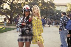 Alicia Silverstone (as Cher Horowitz) and Stacey Dash (as Dionne Davenport) Clueless Clueless Costume, Cher Clueless, Clueless Outfits, 90s Costume, Dionne Clueless, Movie Outfits, Cher Horowitz, Best Group Halloween Costumes, Pop Culture Halloween Costume