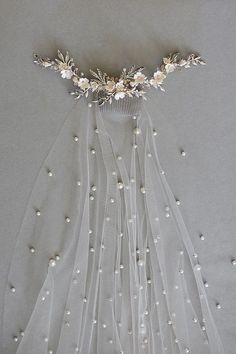 Perla pearl bridal veil pearl veil chapel pearl veil etsy find out who s concerned about wedding veils and why you should pay attention 157 pecansthomedecor com Dream Wedding Dresses, Bridal Dresses, Boho Wedding, Wedding Ideas, Casual Wedding, Wedding Dress Veil, Vail Wedding, Ivory Wedding Veils, Bridal Gown Styles