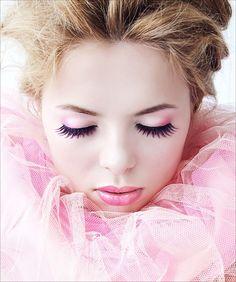 *pretty pink makeup
