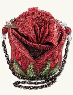 Rosebud Handbag   Beaded Rose Purse