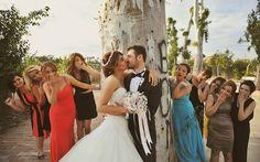"""Dış Çekim Düğün Fotoğraf Çekimi ve Nişan Fotoğraf Çekimi Düğün fotoğrafçısı kimdir? başlıklı yazımızı okuyanlara istinaden; """"Okadar konuştun tamam anladık düğün fotoğrafçısı olduğunu"""" dediğinizi duyar gibiyim J, tamam kızmayın.Gelelim düğün ve nişan dış mekan fotoğraf çekimlerini nasıl gerçekleştiriyoruz. Rica ediyorum…</p>"""