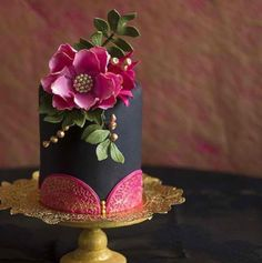 Beautiful dia de Los Muertos cake