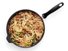 Tip: Finish your pasta in the sauce. #FNMag