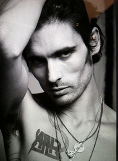 Tyson Ritter // The All-American Rejects // Bands Mary Janes Last Dance, Tyson Ritter, I Go Crazy, Attractive People, Fall Out Boy, Ford Models, Interesting Faces, Dream Guy, Beauty Quotes
