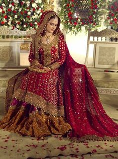 Entertain Your Look in Pakistani Bridal Latest Collection – Designers Outfits Collection Pakistani Bridal Couture, Pakistani Wedding Outfits, Bridal Lehenga, Pakistani Dresses, Indian Dresses, Pakistani Lehenga, Lehenga Gown, Eid Dresses, Dresses 2016