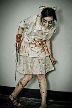 Frauen gruselige Halloween Ideen