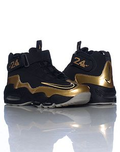 2cba62ffbaac NIKE MENS AIR GRIFFEY MAX ONE SNEAKER GOLD