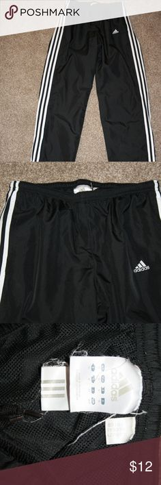 """ADIDAS Medium Sweatpants Running Pants Black Mens Adidas  Very Good Condition - No Holes  Color:  Black  NOTE:  There is a very small amount of bottom hem wear and marks on the white at the bottom - See Photos   Size:  Medium  Sweat Pants  Logo Embroidered on Front  Two Front Pockets  Drawstring at Waistband  Mesh Lining     Waist:  28"""" Measured Laying Flat Then Doubled Can Easily Stretch Up to 34"""" Inseam:  30 1/4"""" Leg Opening:  8 1/2"""" Laying Flat 100% Polyester 8 1/4"""" Zippers At Bottom…"""