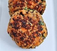 Super Sweet Potato, Kale + Quinoa Fritters  tbsp coconut or olive oil 1 small onion or leek, diced 1 tbsp coriander stems, finely chopped 1 clove garlic, crushed 1 tsp grated ginger 1 tsp turmeric ground (or 1 tbsp freshly grated) 1 tsp cumin, ground 2 cups sweet potato, grated 1 tbsp chia seeds 1 ½ cups quinoa cooked with 1 tsp of a seaweed like powdered dulse or arame 1 cup kale, chopped finely ½ cup of any fresh herb,  1-2 tbps of brown rice flour