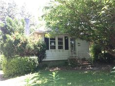 137 2nd Ave Broomall, PA 19008 home for sale Delaware County http://www.anthonydidonato.net/wordpress/2013/07/01/137-2nd-ave-broomall-pa-19008-home-for-sale-delaware-county/   Please Contact Me for more information about this home for sale at 137 2nd Ave Broomall, PA 19008 in Delaware County and other Homes for sale in Delaware County PA and the Wilmington Delaware Areas: Anthony DiDonato Cell Number: (610) 659-3999 Email: anthonydidonato@gmail.com