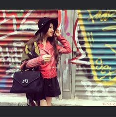Street-style in Manhattan Zenati bag