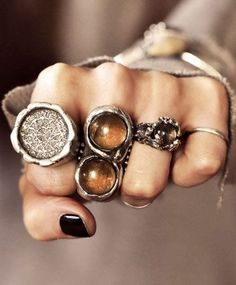 beautiful jewelry silver soldered rings with a tribal boho feel Jewelry Box, Jewelry Accessories, Fashion Accessories, Cheap Jewelry, Fine Jewelry, Jewellery Rings, Fashion Jewelry, Bohemian Accessories, Jewelry Trends