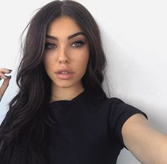 Find images and videos about makeup, madison beer and photography inspiration on We Heart It - the app to get lost in what you love. Madison Beer Makeup, Madison Beer Style, Madison Beer Outfits, Madison Beer Instagram, Medison Beer, New Profile Pic, Dream Hair, Dreads, Dark Hair