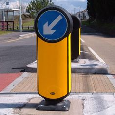Rebound Signmaster™ bollard is a passively safe, non-illuminated keep left bollard tested to Performance Standard NE4/100. The bollard is fully reflectorised, offering very high visibility at any time while eliminating electricity costs. #GlasdonUK #Bollard #PassivelySafe #RoadSafety  #HighwaysSafety
