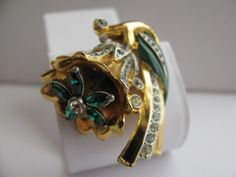 Vintage Coro Art Deco Dress Clip Rhinestone and Enamel Flower Trembler.
