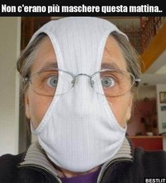 The safest mask for coronavirus. White Face Mask, Diy Face Mask, In China, Funny Picture Quotes, Funny Pictures, Italian Memes, Old Couples, Funny Memes, Jokes