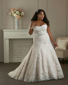 Sexy lace wedding dress plus size